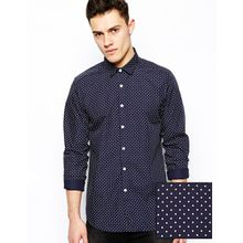 ASOS - Langärmliges, elegantes Hemd mit Punkten - Marineblau