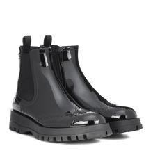 Chelsea Boots aus Lackleder