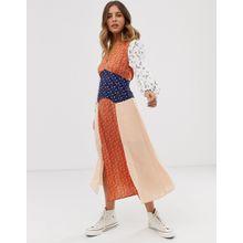 Glamorous - Wadenlanges Kleid mit Schlitzen vorn und Mix-und-Match-Aufdruck - Mehrfarbig