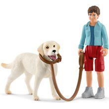 Schleich Spaziergang mit Labrador Retriever