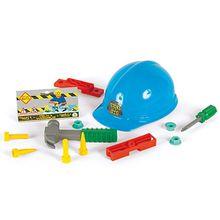 Helm mit Werkzeug
