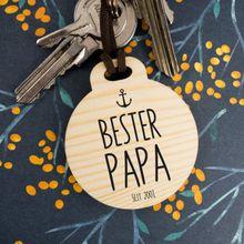 Personalisierbarer Holz-Schlüsselanhänger rund Bester Papa mit Datum