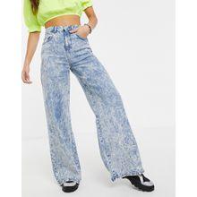 ASOS DESIGN - Leichte Jeans mit weitem Bein in Acid-Waschung, volle Länge - Blau