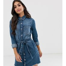 River Island Petite - Jeans-Hemdkleid in mittlerer Waschung mit Gürtel - Blau