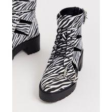 ASOS DESIGN - Rion - Feste Stiefel mit Zierausschnitten und Zebramuster - Mehrfarbig