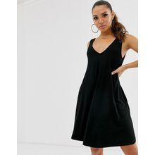 ASOS DESIGN – Ultimate – Swing-Kleid mit verdeckten Taschen-Schwarz