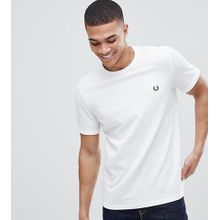Fred Perry - Weißes Pikee-T-Shirt mit Rundhalsausschnitt und Logo - Exklusiv nur bei ASOS - Weiß