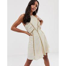 ASOS DESIGN – Minikleid mit gerafftem Body und Ketten-Cremeweiß