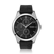 Uhr mit Logo-Armband und strukturiertem Zifferblatt