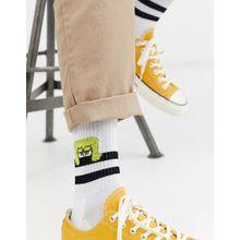 ASOS DESIGN - Sportsocken mit Spongebob-Design in Weiß - Weiß