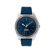 Uhr aus Edelstahl mit Silikonarmband und gravierter Lünette