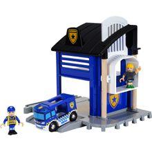 BRIO Polizeistation mit Einsatzfahrzeug