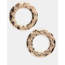 Pieces - Goldfarbene Oversize-Ohrringe mit gehämmertem Kreisdesign - Gold