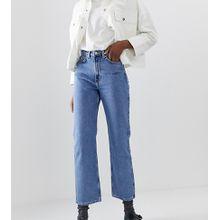 Weekday - Row - Schmale, und gerade geschnittene Jeans in Himmelblau - Blau