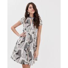 Closet - Plissiertes Kleid mit Mandarinkragen - Mehrfarbig