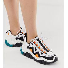 Bershka - Bunte Sneaker mit Farbblockdesign und dicker Sohle - Mehrfarbig