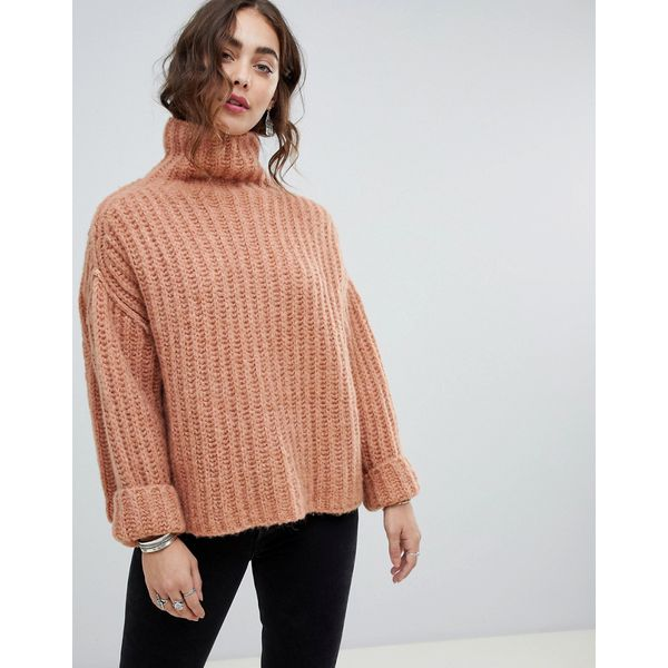 Free People - Fluffy Fox - Grob gestrickter Oversize-Pullover mit hochgeschlossenem Kragen - Rosa