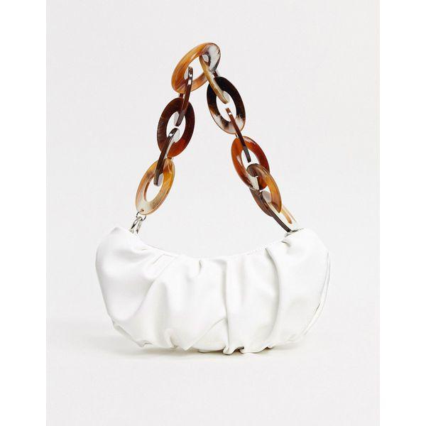 ASOS DESIGN – Weiße Schultertasche mit Raffdesign und Kettenriemen aus Kunstharz